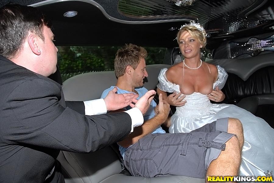 невеста отдалась на вечеринке